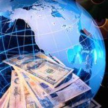 Доллар становится дешевле, евро растет