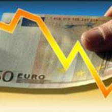 Курс евро снова пополз вниз