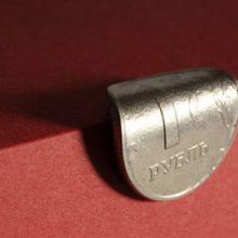 Как защитить свои финансы от девальвации рубля