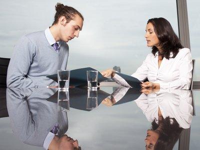 Жена расплачивается за долги при мужем