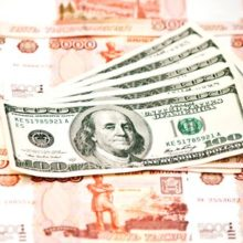 Российские и западные эксперты пророчат рублю «курсовой апокалипсис»