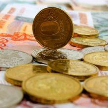 Эксперты прогнозируют укрепление рубля в краткосрочной перспективе и падение на среднесрочном горизонте