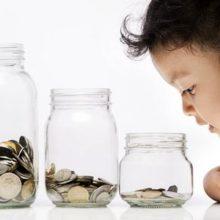 Как помочь ребенку освоиться в мире финансов