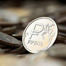 Нефть и Fitch сыграли против рубля