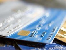 В каких случаях кредитная карта предпочтительнее потребительского кредита