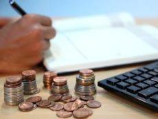 Как снизить расходы и начать откладывать деньги: советы эксперта