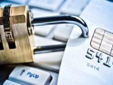 Как защититься от хищения денег с банковской карты
