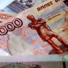 Рубль вчера выглядел лучше остальных рисковых валют. Но что дальше?